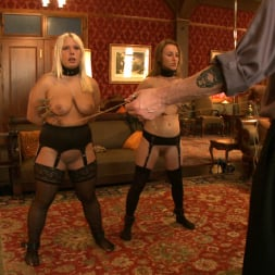Kait Snow in 'Kink' Service Day (Thumbnail 14)