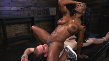 Kelli Provocateur - Ebony Dominatrix Kelli Provocateur Punishes Sub Man and Fucks His Ass!