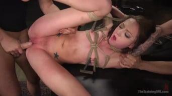 Kendra Cole В 'Slave Training Kendra Cole'