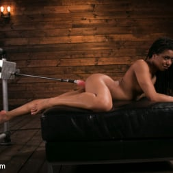 Kira Noir in 'Kink' Young and Athletic Ebony Bombshell Gets an Anal Machine-Fucking (Thumbnail 10)