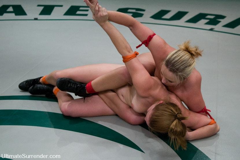Kink 'Alexa Von Tess The Badger (2-1) vs Kirra The Bull Dog (0-1)' starring Kirra Lynne (Photo 19)