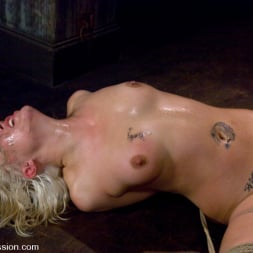 Krissy Leigh in 'Kink' Krissy Leigh (Thumbnail 9)
