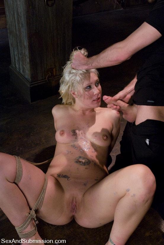 Kink 'Krissy Leigh' starring Krissy Leigh (Photo 12)