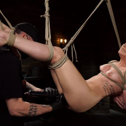 Kristen Scott in 'Kink' Kristen Scott: Two Days Of Torment, Day Two (Thumbnail 11)