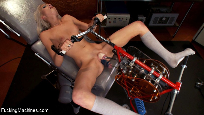 Kink '18yr old fresh new girl spreads for the machines in the science lab' starring Layden Sin (Photo 12)