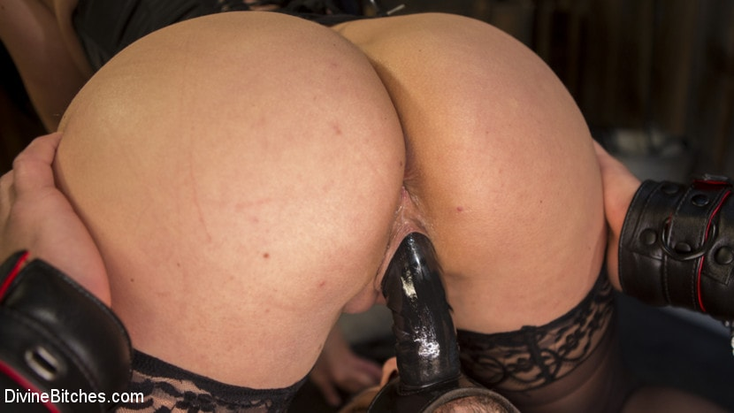 Kink 'Fresh Meat: Lea Lexis takes new sub for a test drive!' starring Lea Lexis (photo 10)