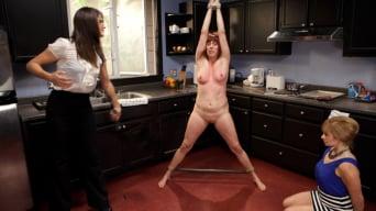 Lea Lexis in 'Kinky Lesbian Couple'