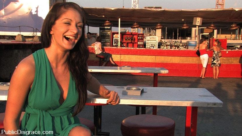 Kink 'Returns!' starring Lea Lexis (Photo 6)