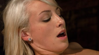 Lexi Swallow in 'Swallow it Whole like a Good Pussy Would'