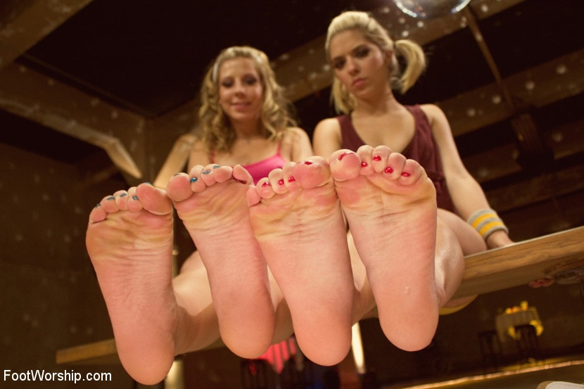 Kink 'Dirty Socks and Roller Skates featuring Chastity Lynn and Lia Lor' starring Lia Lor (Photo 3)