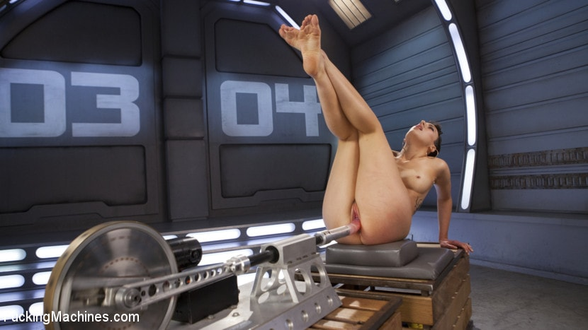 Kink 'Tall and Fit Sex Kitten Has Mind Blowing Orgasms from Our Machines' starring Lilith Luxe (Photo 1)