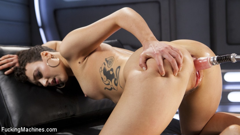 Kink 'Tall and Fit Sex Kitten Has Mind Blowing Orgasms from Our Machines' starring Lilith Luxe (Photo 11)