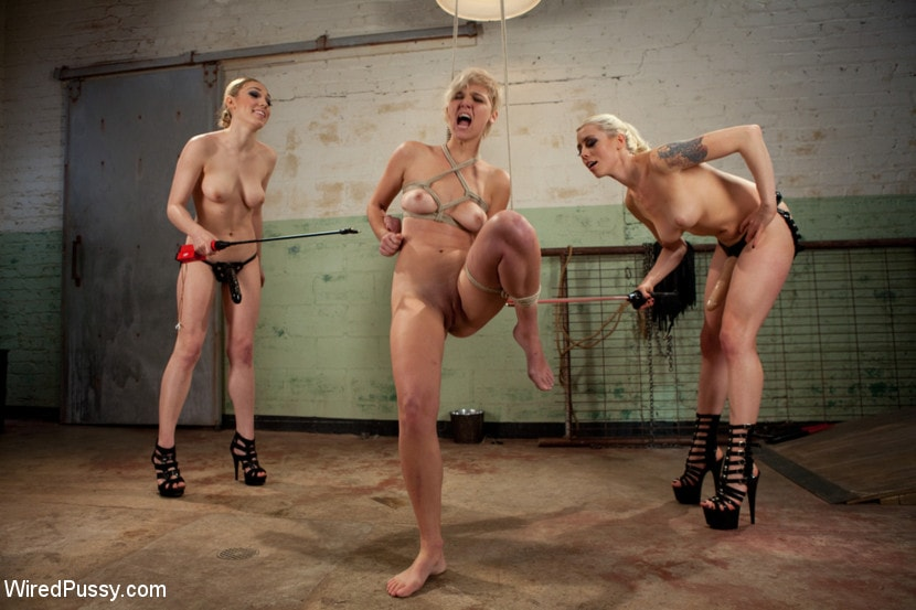 Kink 'Water Torture' starring Lily LaBeau (Photo 3)