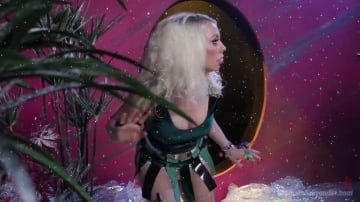 Lorelei Lee - Barberella comes to Planet Ultimate Surrender