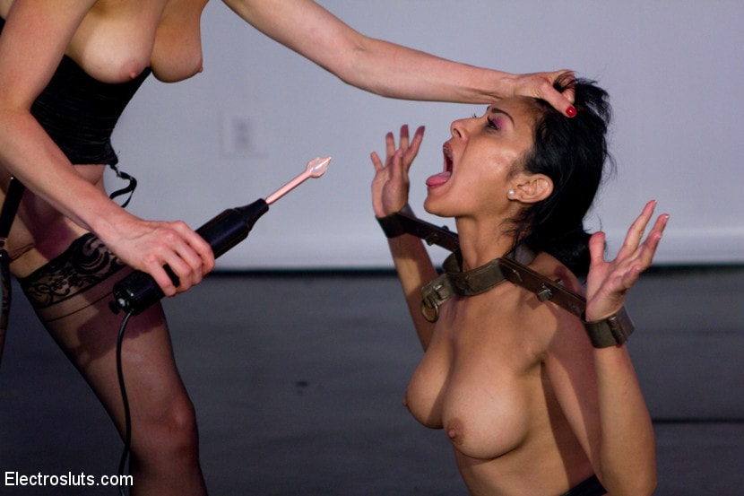 Kink 'Bow Down with No Reward' starring Lorelei Lee (Photo 13)