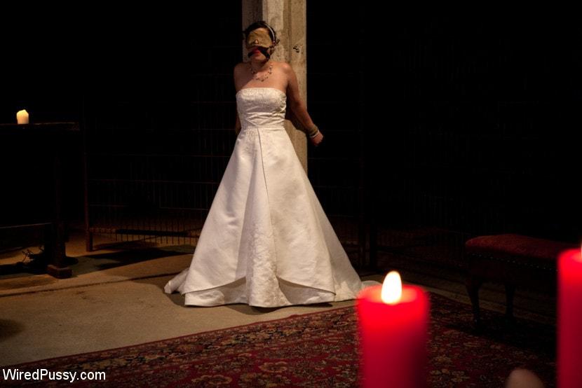 Kink 'Bridal Training' starring Lorelei Lee (Photo 1)