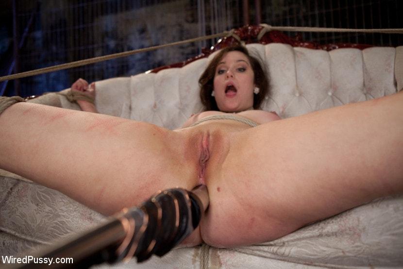Kink 'Bridal Training' starring Lorelei Lee (Photo 8)