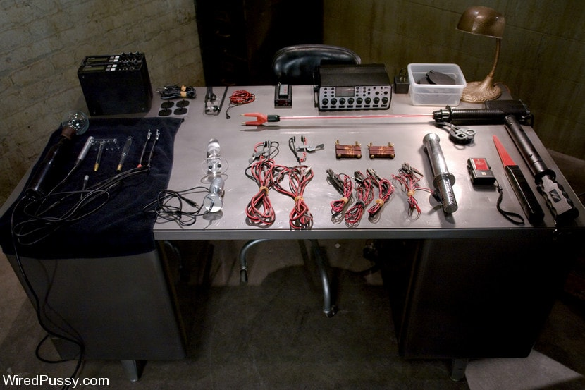 Kink 'Electrical Demo Part 1: The Violet Wand' starring Lorelei Lee (Photo 13)