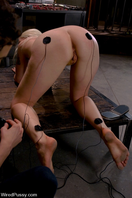 Kink 'Electrical Demo Part 2: TENS Unit and Sticky Pads' starring Lorelei Lee (Photo 3)