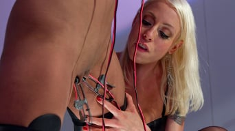 Lorelei Lee in 'Electro Dance'