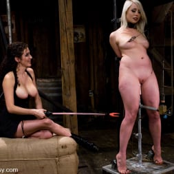 Lorelei Lee in 'Kink' Live Show: Part 1 (Thumbnail 8)