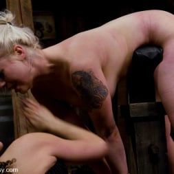 Lorelei Lee in 'Kink' LIVE SHOW PART 2 (Thumbnail 12)