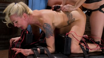 Lorelei Lee in 'Lorelei Suffers to an Intense Electro Anal Fucking!'