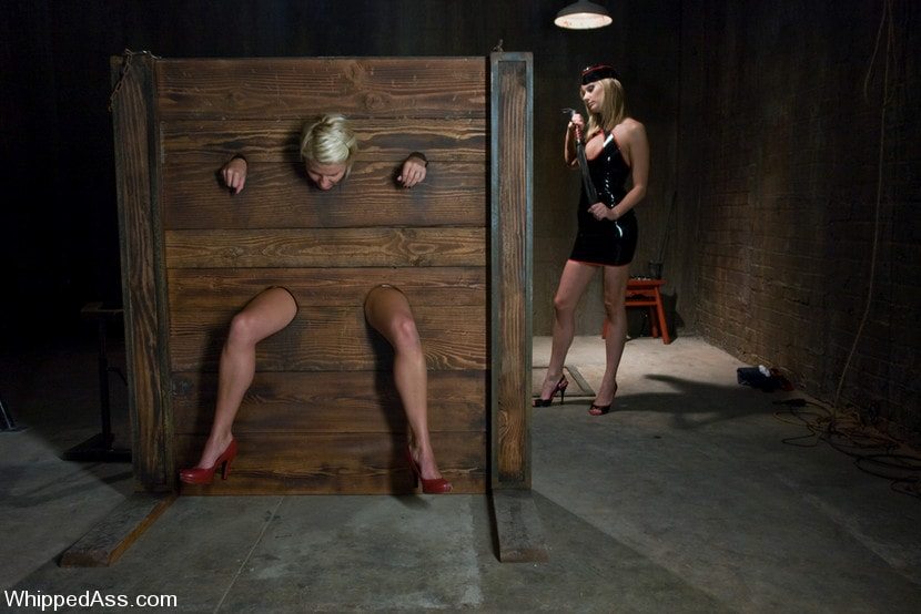 Kink 'A CLASSIC FAVORITE: Vendetta in the Wall!!! Maitresse Madeline's' starring Maitresse Madeline (Photo 14)