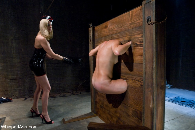 Kink 'A CLASSIC FAVORITE: Vendetta in the Wall!!! Maitresse Madeline's' starring Maitresse Madeline (Photo 15)
