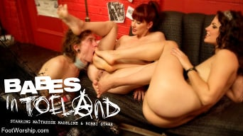 Maitresse Madeline in 'Babes In Toeland'