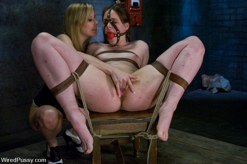 Kink 'vs Bronte' starring Maitresse Madeline (Photo 16)
