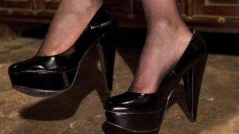 Maitresse Madeline in 'Maitresse Madeline's POV foot fetish teaser BONUS!'