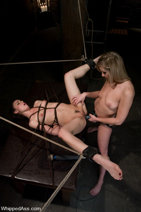 Kink 'Mina Leigh' starring Maitresse Madeline (Photo 10)