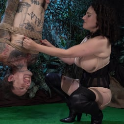 Mistress Blunt in 'Kink' Snared, Part 1: Mistress Blunt Traps Her Toy! (Thumbnail 2)