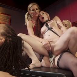 Mistress Kara in 'Kink' Dyke Bar LIVE!!! (Thumbnail 22)