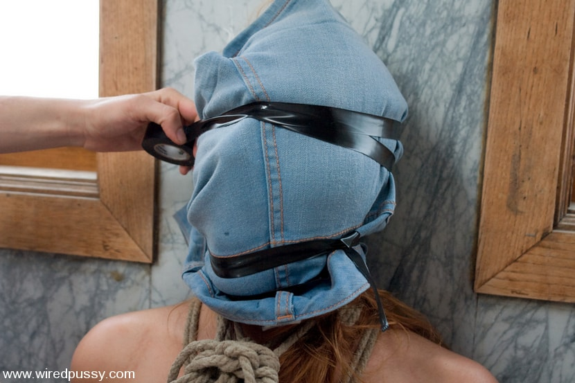 Kink 'Molly's First Time' starring Molly (Photo 7)