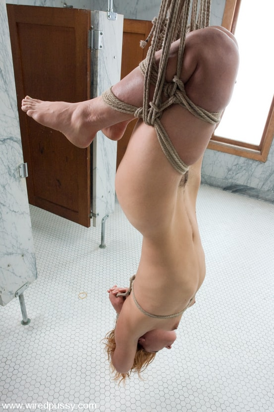 Kink 'Molly's First Time' starring Molly (Photo 14)