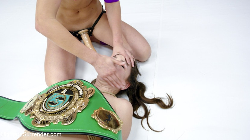 Kink '2017 FeatherWeight Championship. Loser Assfucked and Taunted' starring Mona Wales (Photo 6)