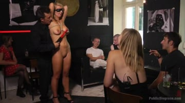 Mona Wales - Horny Blonde Anal Slut Disgraced for Berlin Tourists