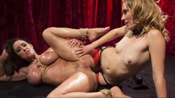 Mona Wales - Make That Dick Disappear: Bombshell Christina Carter Returns!