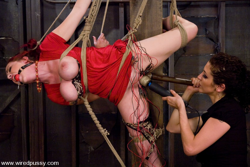 Kink 'Big Tits tied and Shocked' starring Mz Berlin (Photo 1)