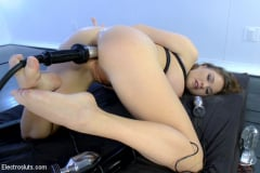 Mz Berlin - Huge Tits and Electro Anal Fuckfest LIVE! (Thumb 20)