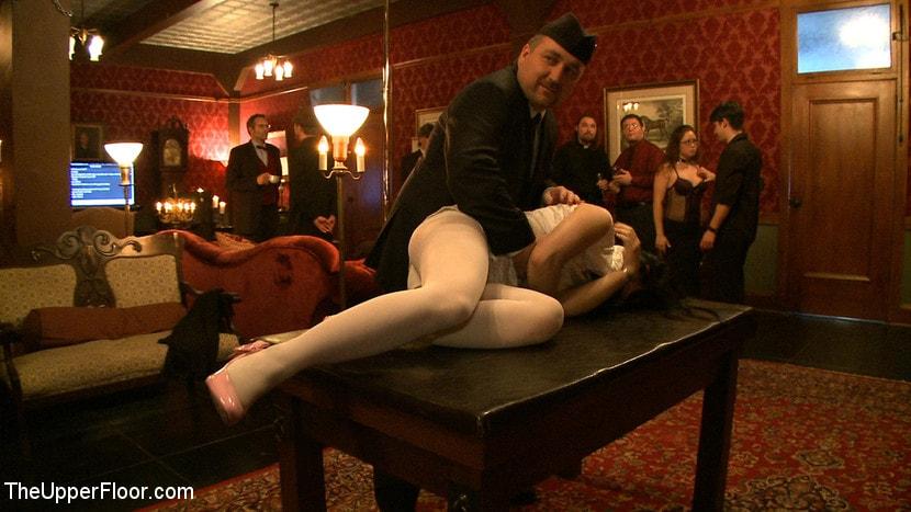 Kink 'Stefanos' Brunch' starring Nerine Mechanique (Photo 8)