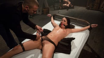 Nikki Daniels in 'Feeding the Gimp'