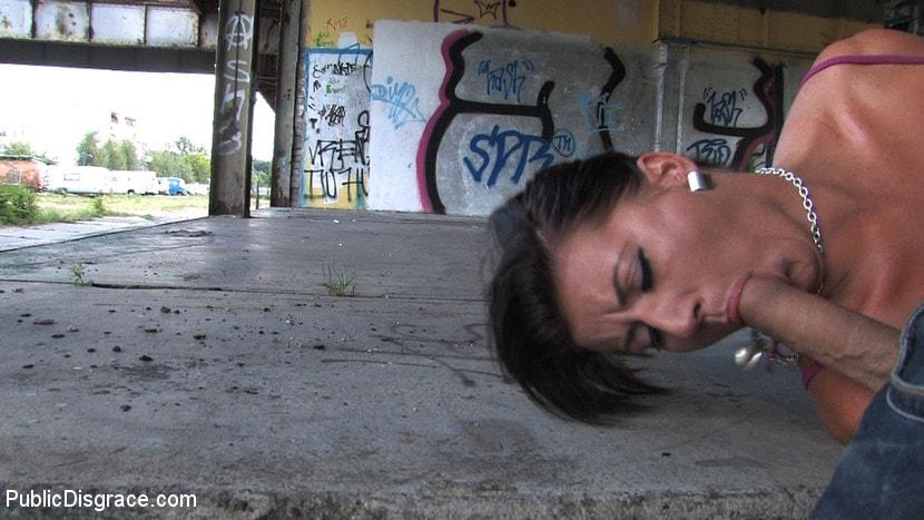 Kink 'Olivia' starring Olivia (Photo 7)