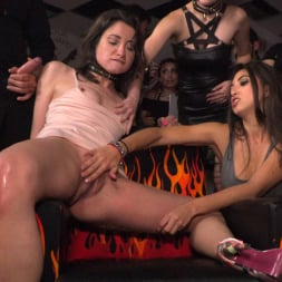 Valentina Bianco in 'Kink' Penelope and Valentina in a Greedy Group Fuck (Thumbnail 20)