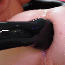 Penny Barber in 'Kink' Before Daddy Gets Home: Mommy Penny Barber Fists Brat Natalie Mars (Thumbnail 20)