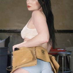 Penny Barber in 'Kink' From Carpenters to Lesbians, Aiden Starr makes a lot of things (Thumbnail 16)