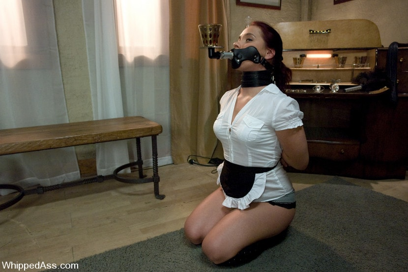 Kink 'Russian Servant' starring Penny Flame (Photo 1)
