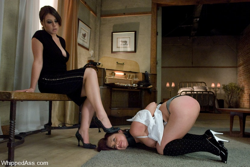 Kink 'Russian Servant' starring Penny Flame (Photo 15)